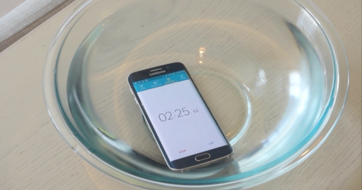 New Video Highlights The Not Waterproof Samsung Galaxy S6 Edge Might Last Longer Than Expected Under Water