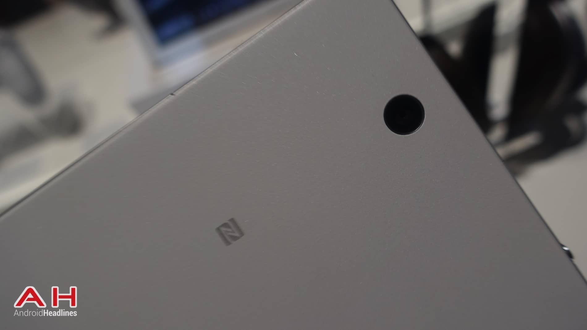 Sony Xperia Z4 Tablet AH 08