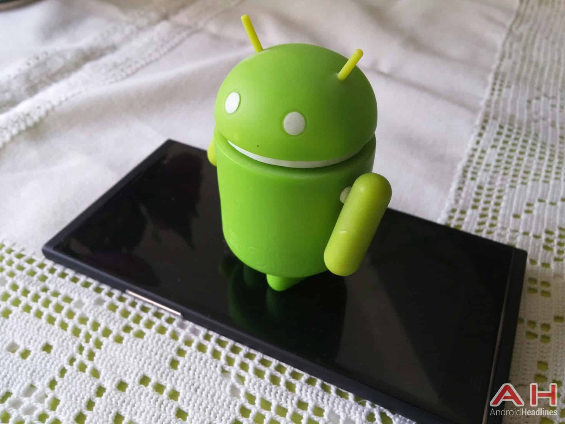AH Android figurine_1