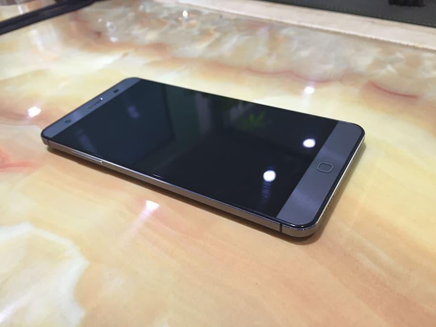Elephone P7000 1