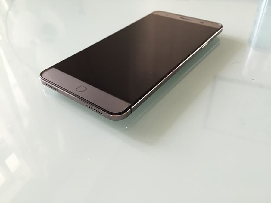 Elephone P7000 3