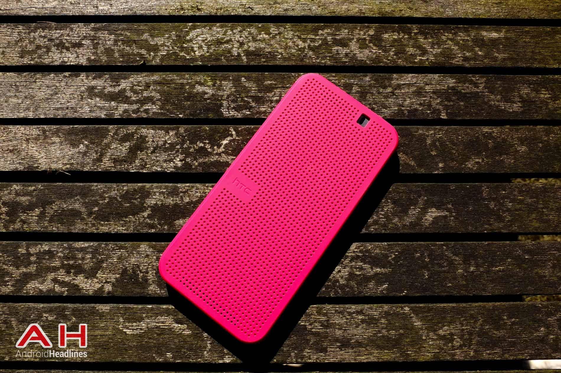 HTC Dot View M9 AH 01