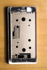 Nubia Z9 metal chassis leak_2