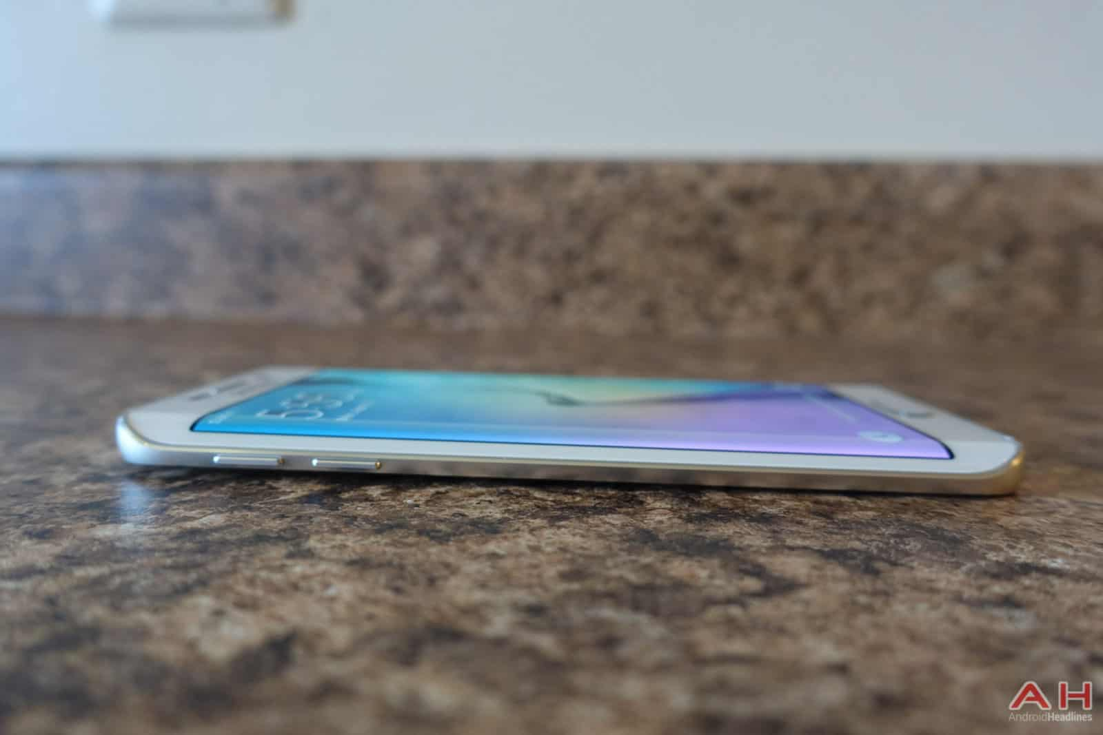 Samsung-Galaxy-S6-Edge-AH-18