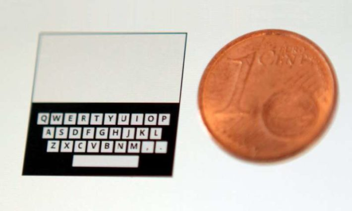 This Tiny QWERTY Keyboard Promises To Bring Accurate Typing To Smartwatches