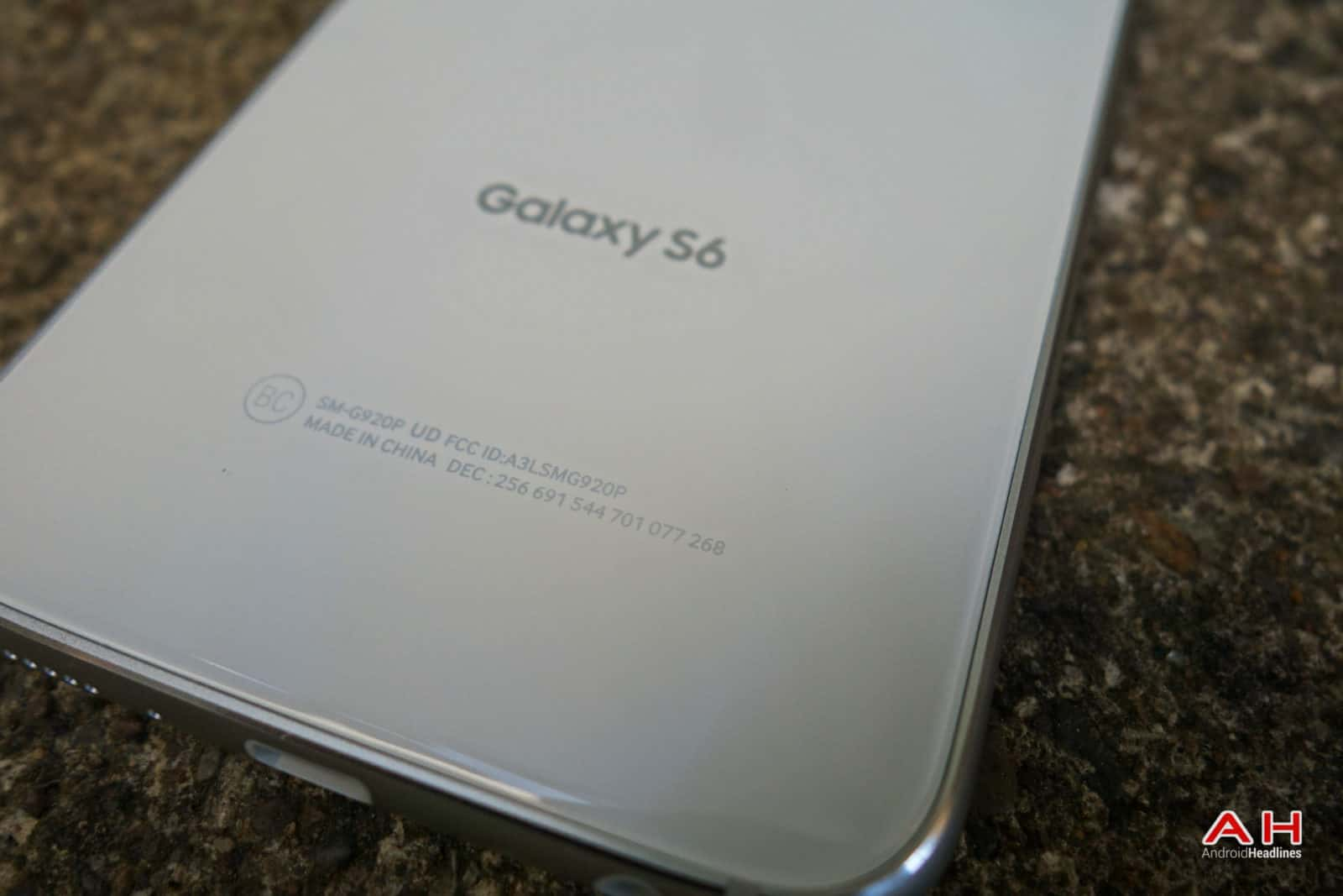 AH Samsung Galaxy S6-35