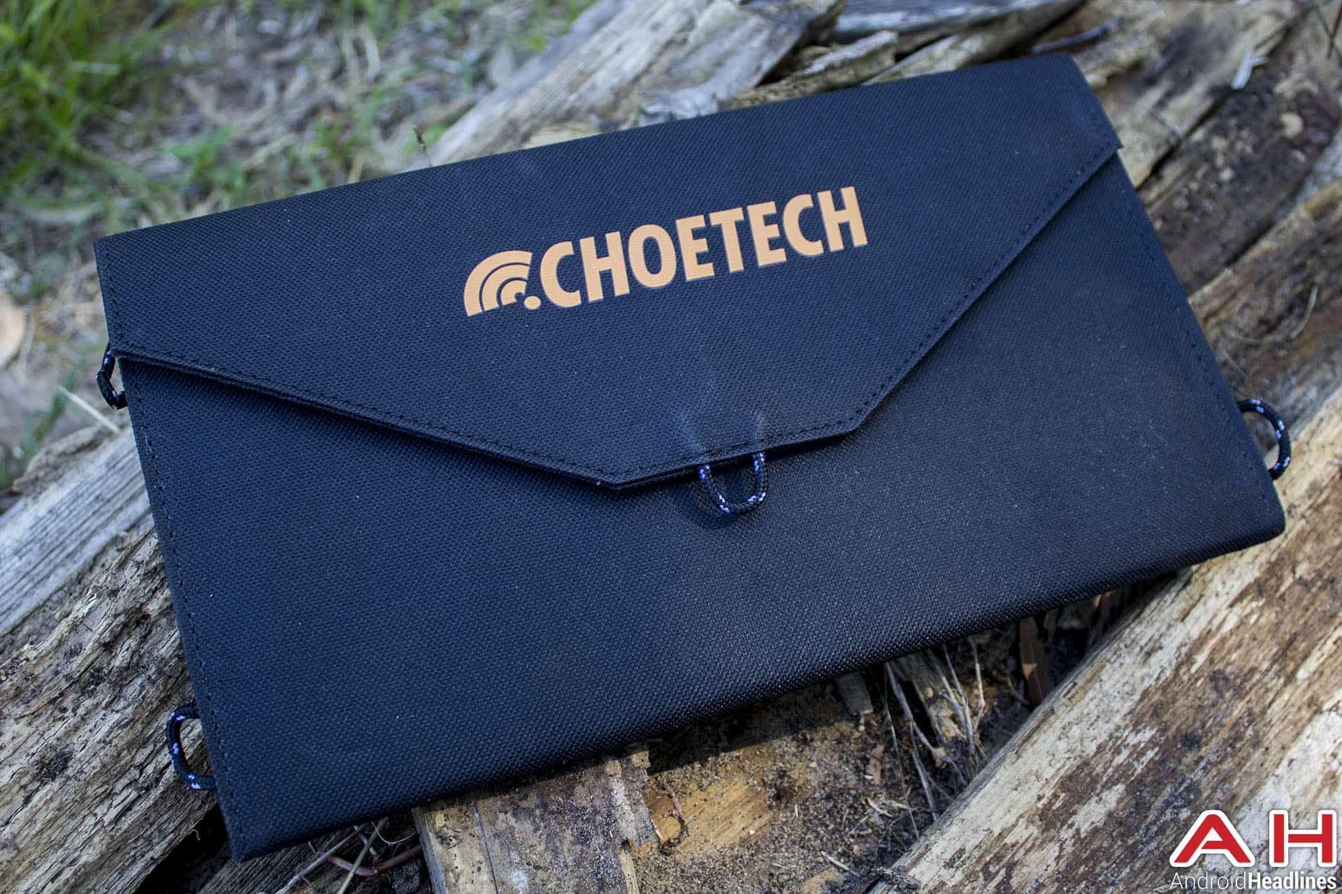 Choetech Solar Charger 01