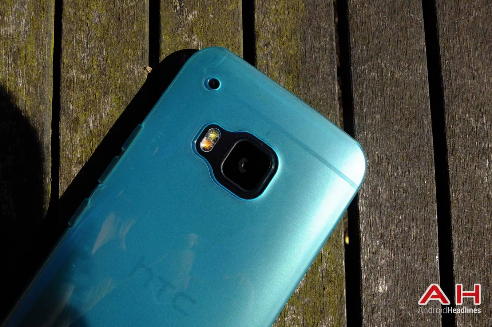 HTC One M9 FlexiShield AH 05