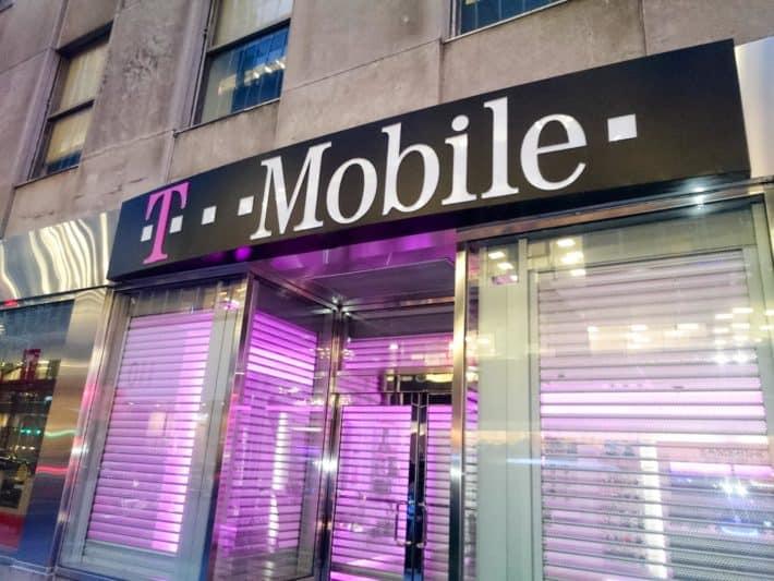 T mobile Logo AH 2