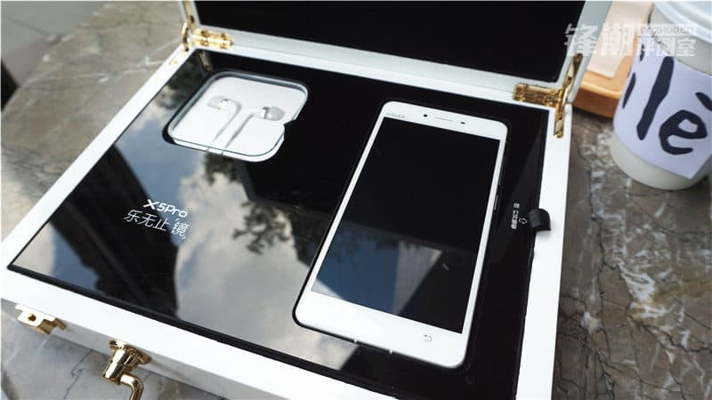 Vivo X5Pro unboxing Anzhuo image 1