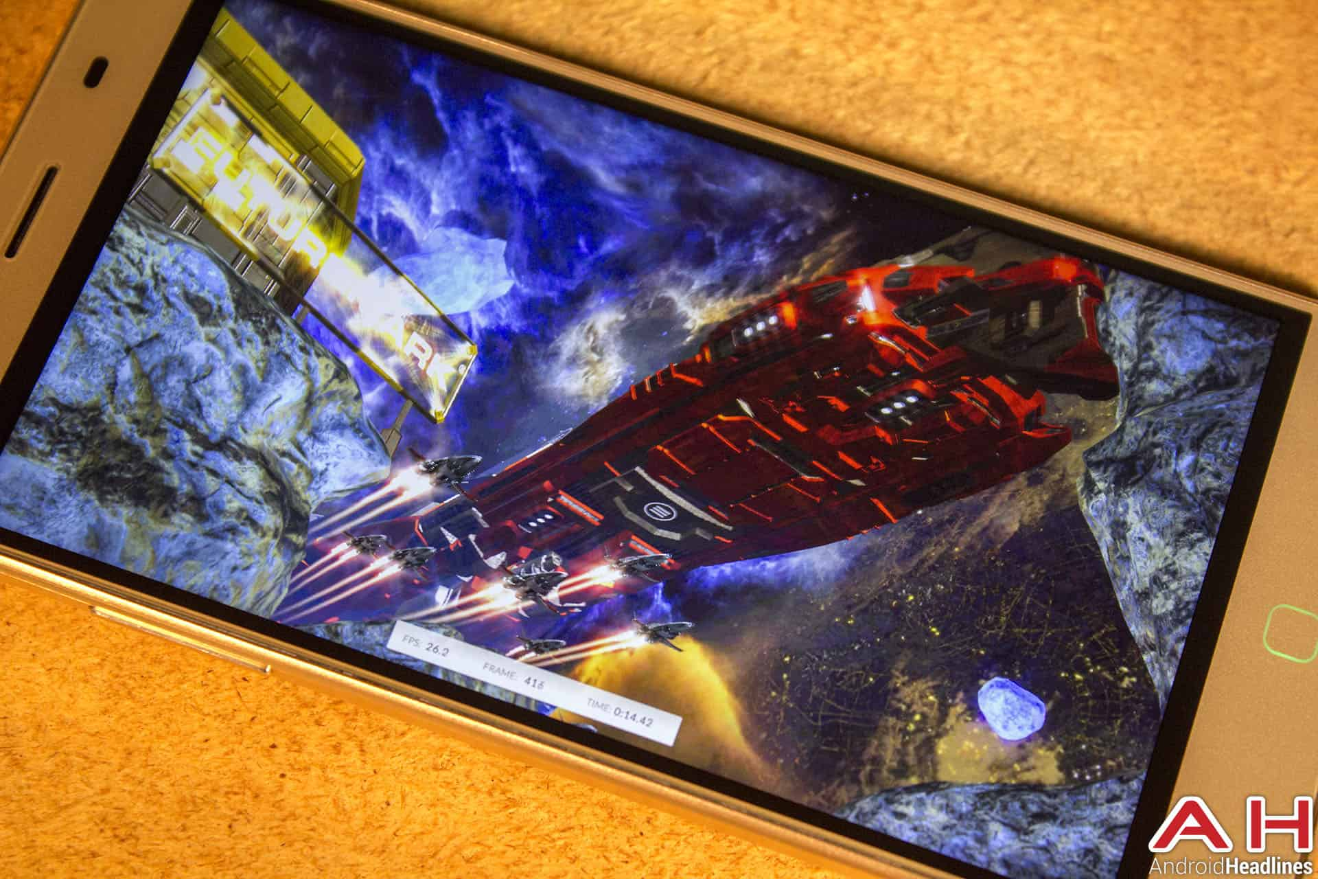 Elephone-P7000-Review-AH-display