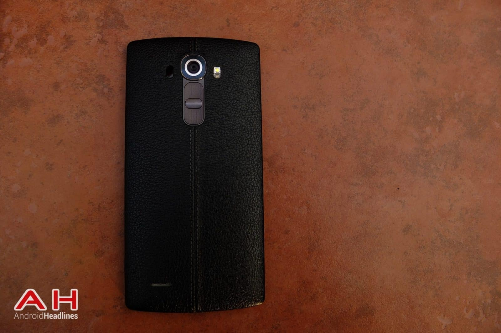 LG G4 BlackLeather TD AH 01
