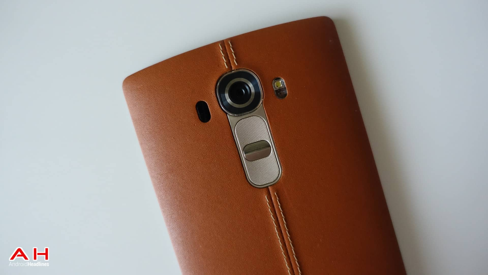 LG-G4-Leather-AH-1
