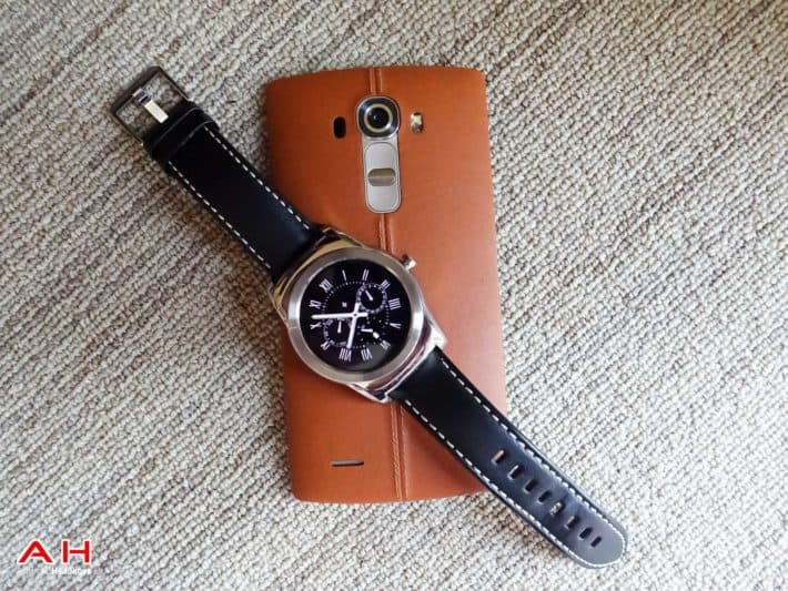Top 10 Best Android Wear Apps and Faces Monthly – June 2015 Edition