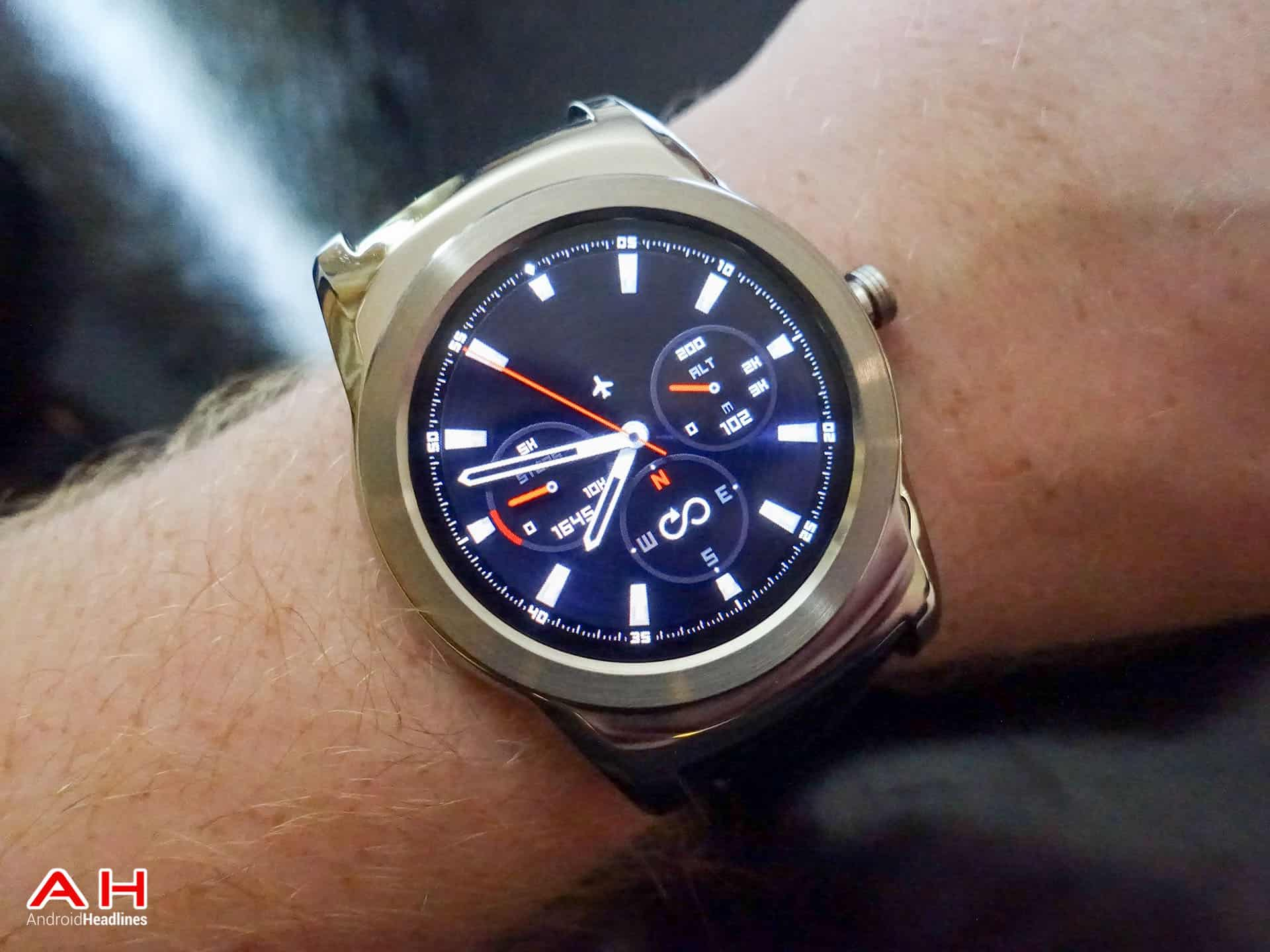 LG Watch Urbane Review AH 21