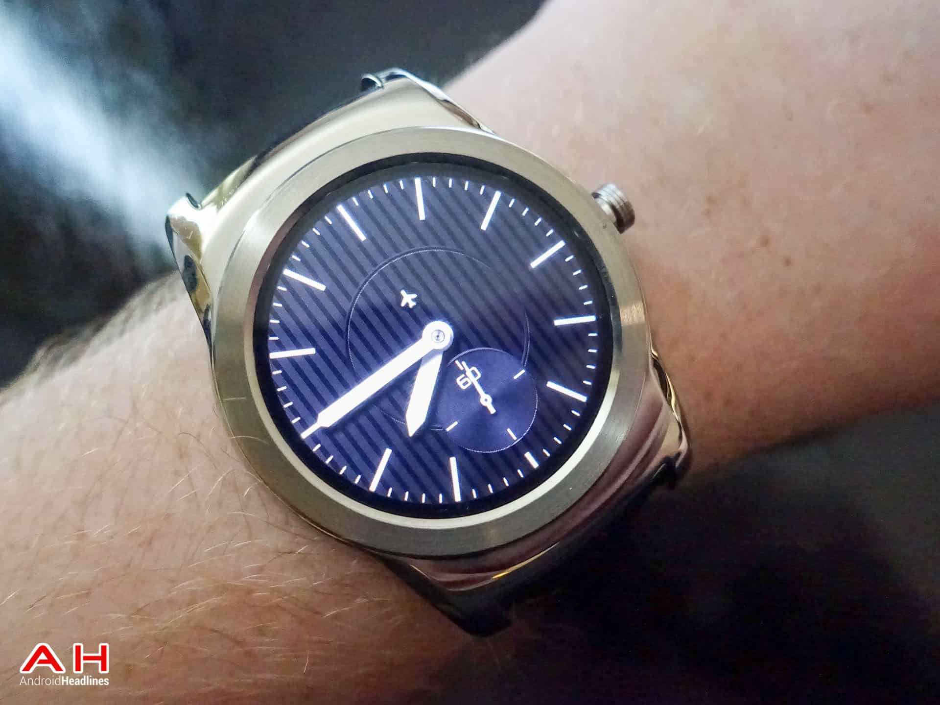 LG Watch Urbane Review AH 23