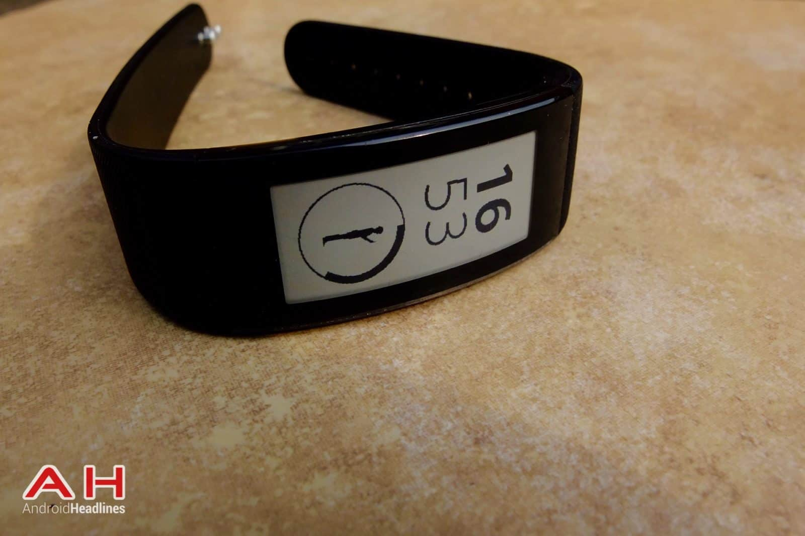 Sony SmartBand Talk AH 11