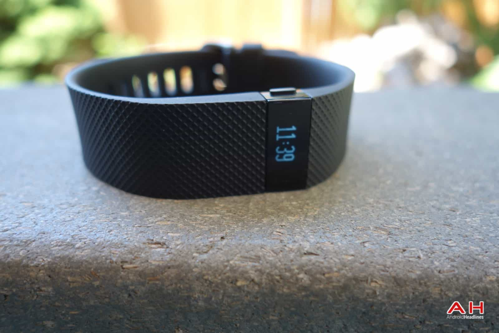 AH Fitbit Charge HR-2