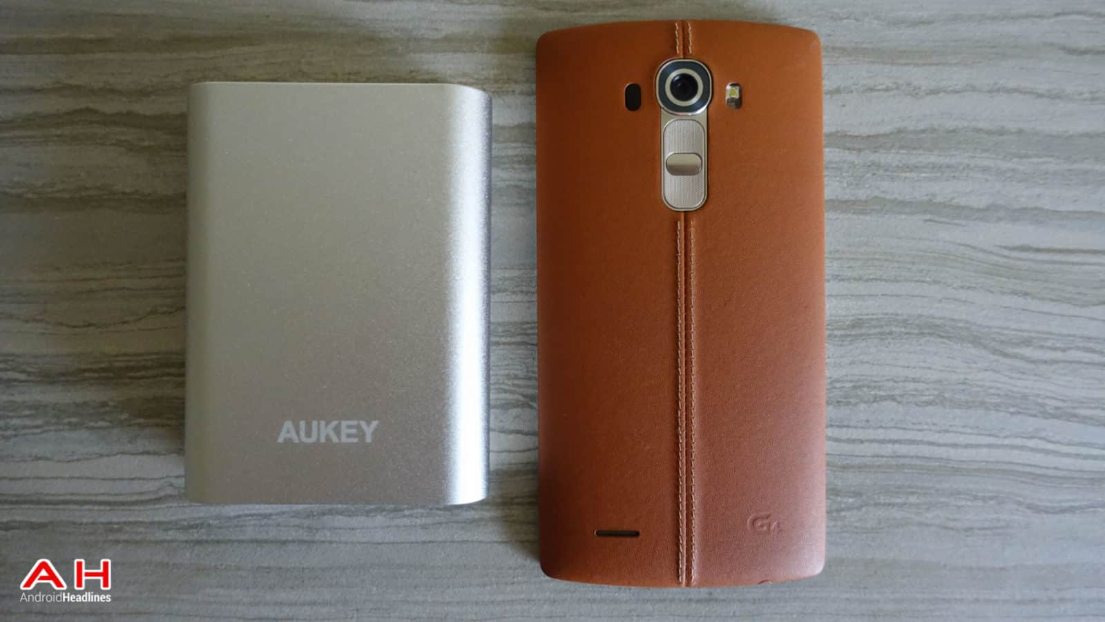 Aukey-Quick-Charge-AH-3