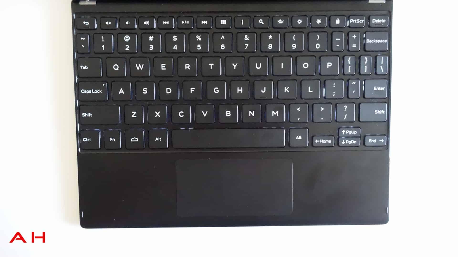 Dell-Venue-10-7000-AH-9