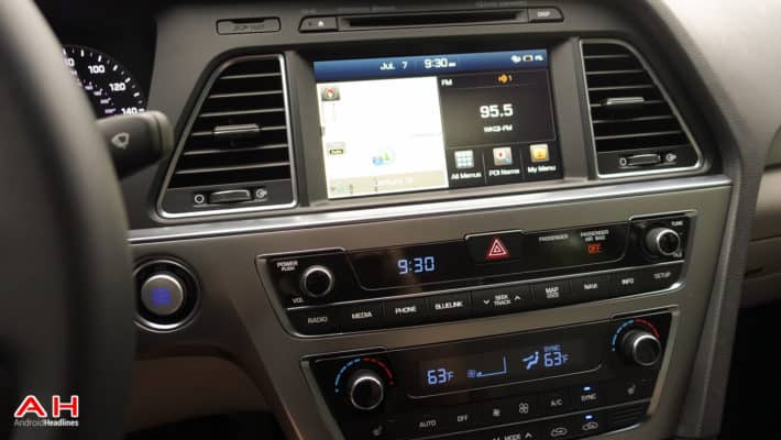 Better Infotainment Systems in Cars Raise Safety Concerns