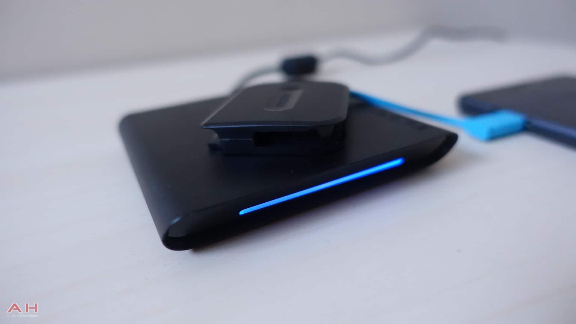 Incipio Wireless Charging Adapter AH 1