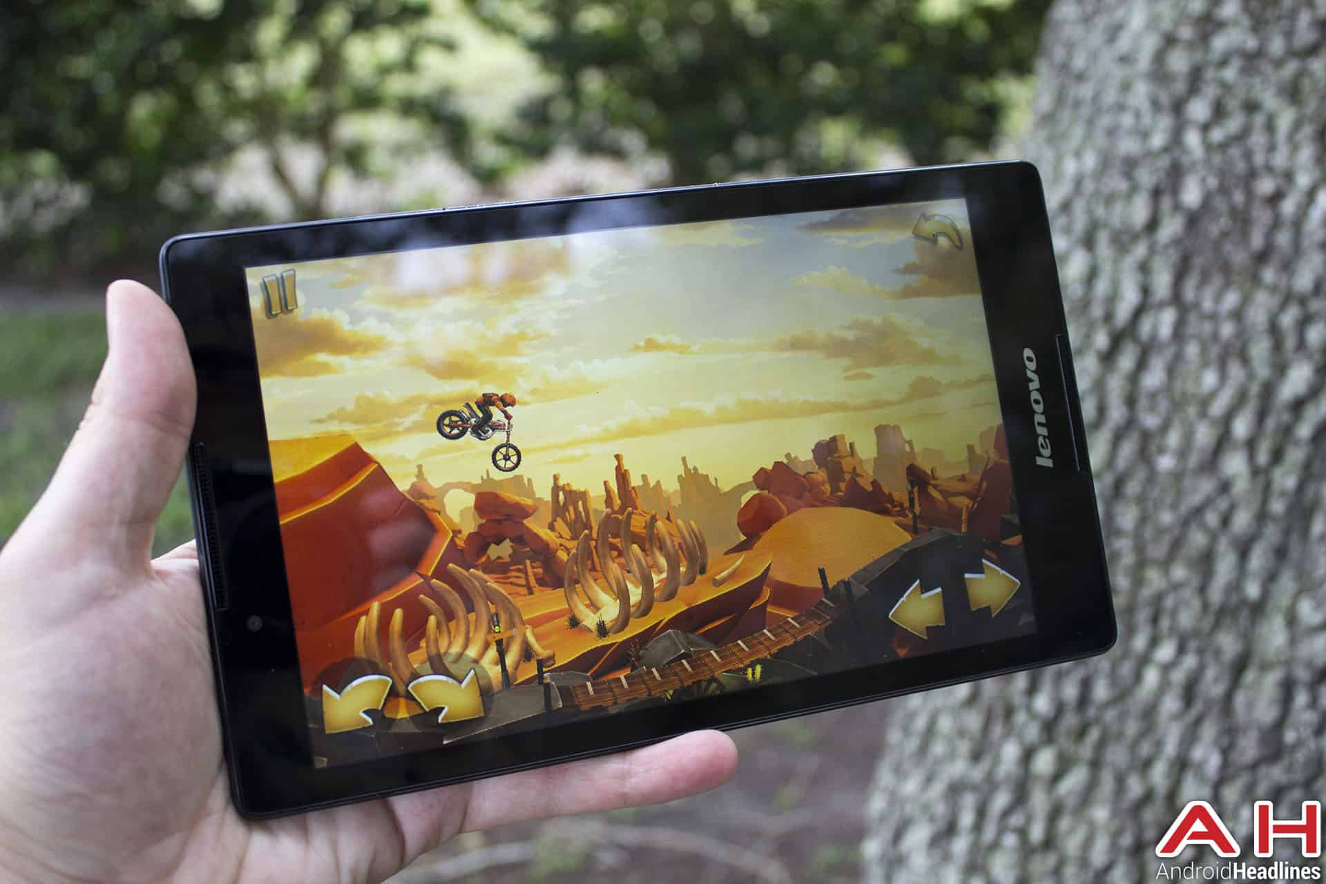 Lenovo-Tab-2-A8-Review-AH-perf