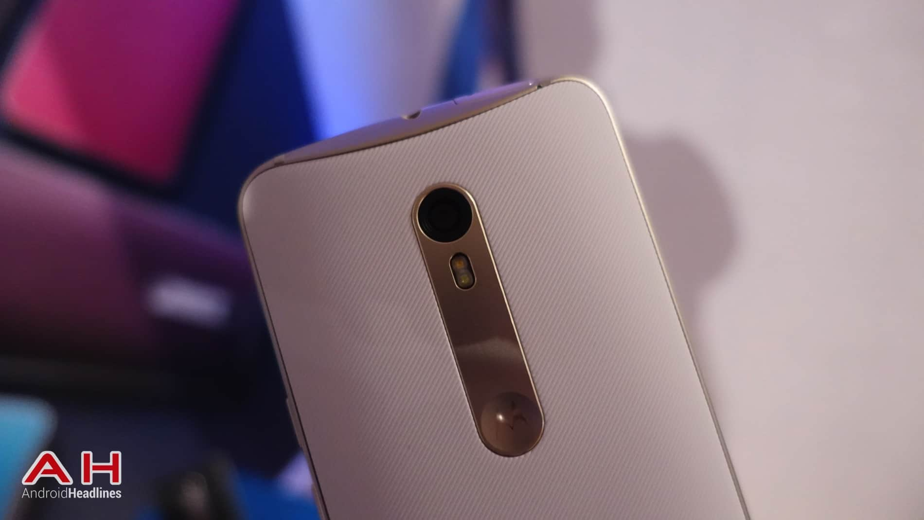 Moto X Style Hands On AH 02