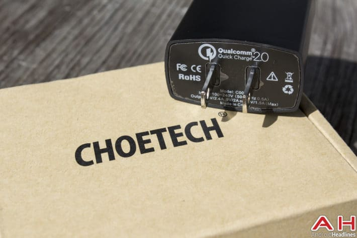 Choetech-Reversible-Charger-3