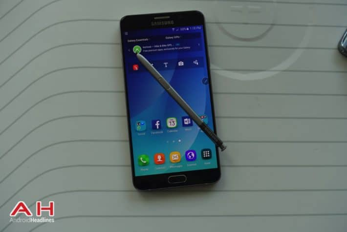 Galaxy Note 5 Wallpapers Are Now Available For Download