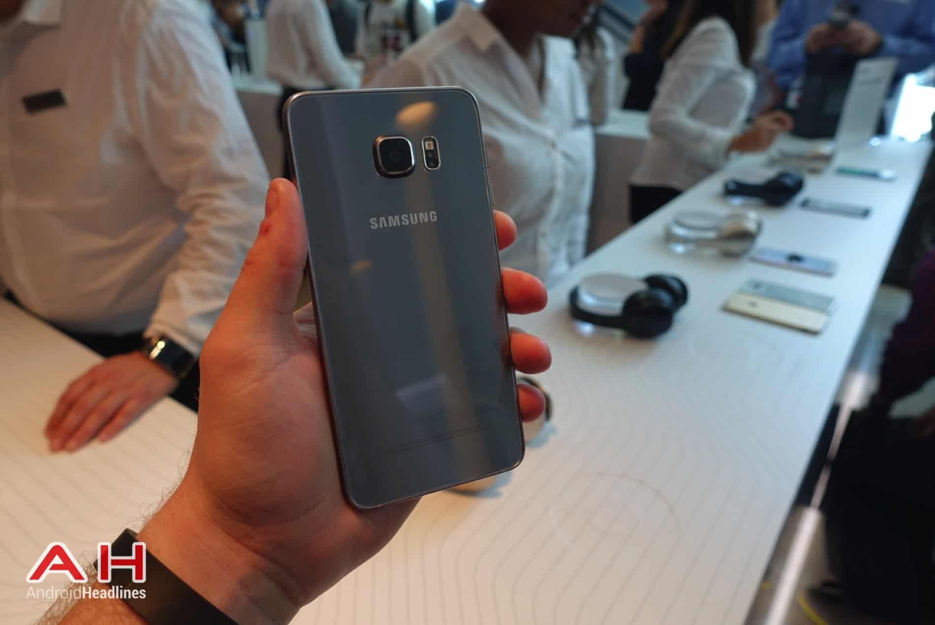 Galaxy S6 Edge Hands On AH 03
