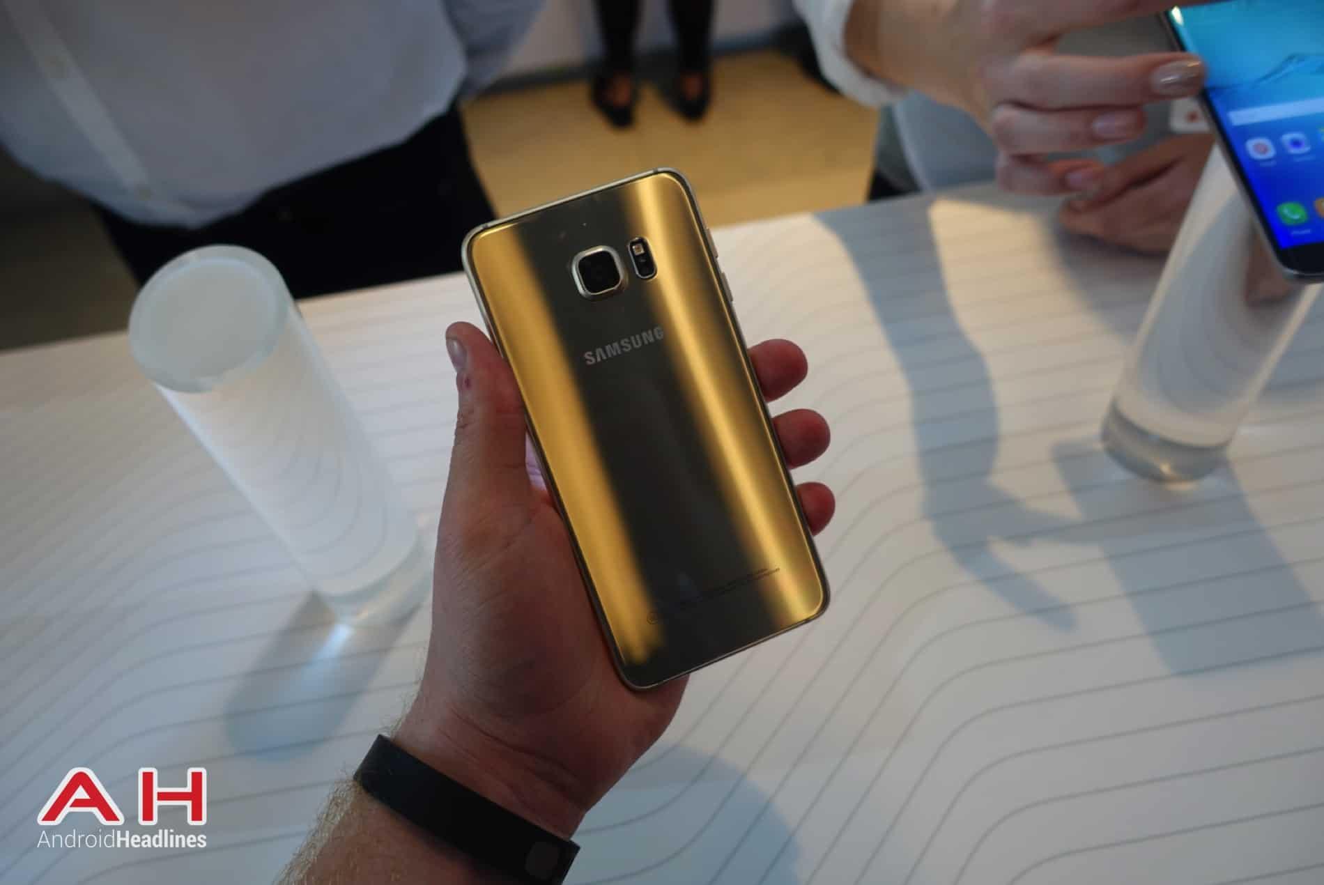 Galaxy S6 Edge Hands On AH 36