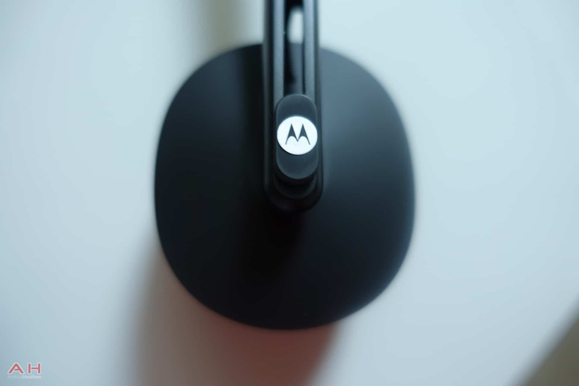 Moto Pulse Headphones AH 1