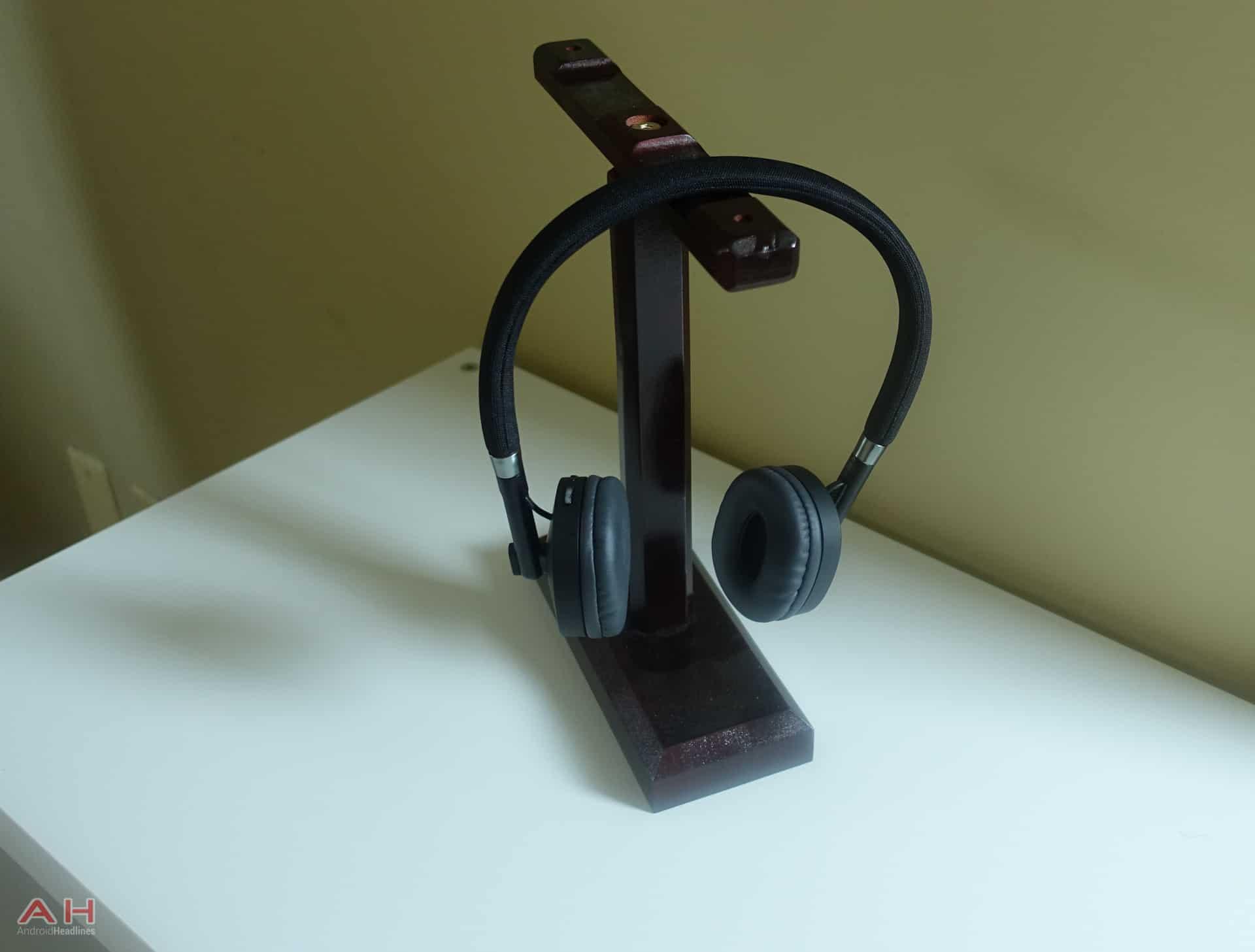 Moto Pulse Headphones AH 8