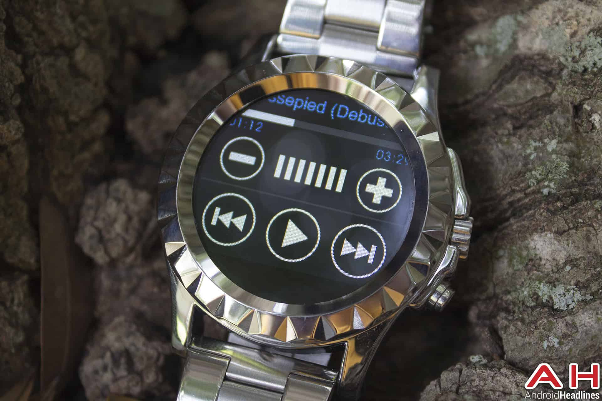 No 1 Sun S2 Smartwatch music