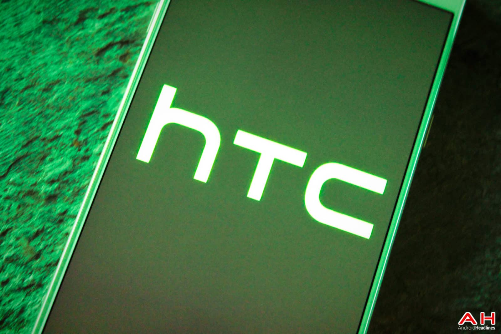 AH 2015 HTC LOGO Chris Sept-10