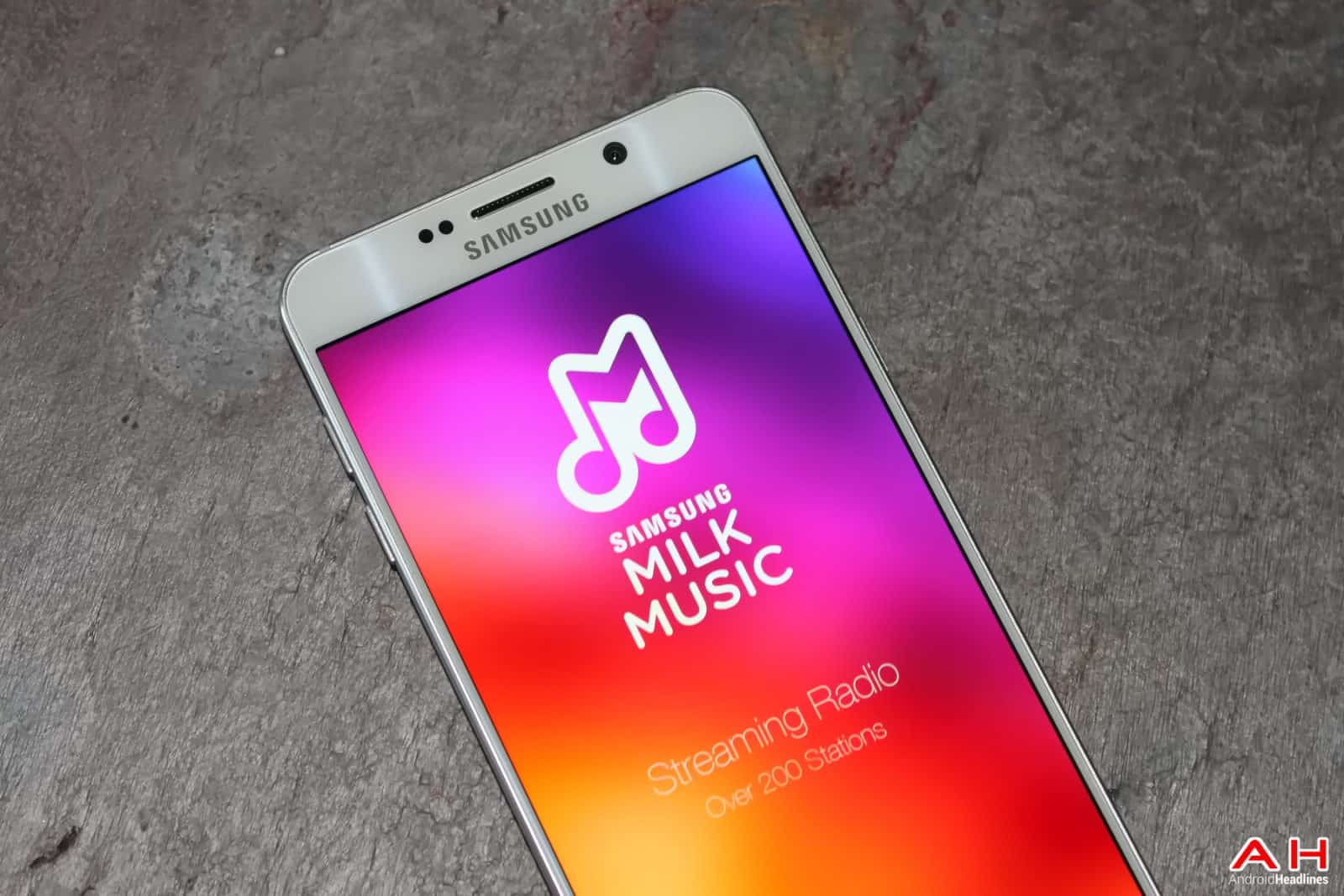 AH 2015 Samsung Milk Music  LOGO-68