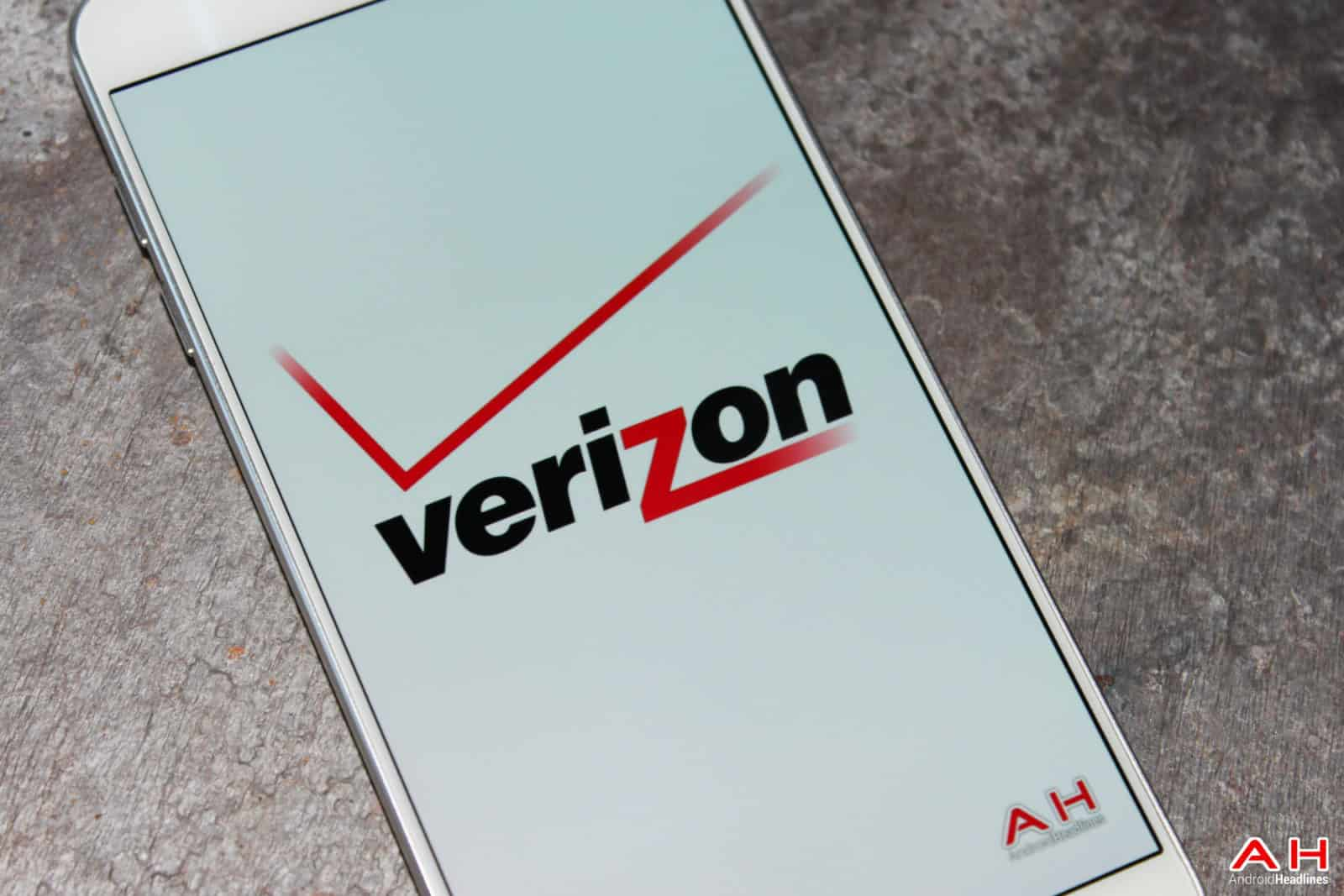 AH 2015 Verizon LOGO-110