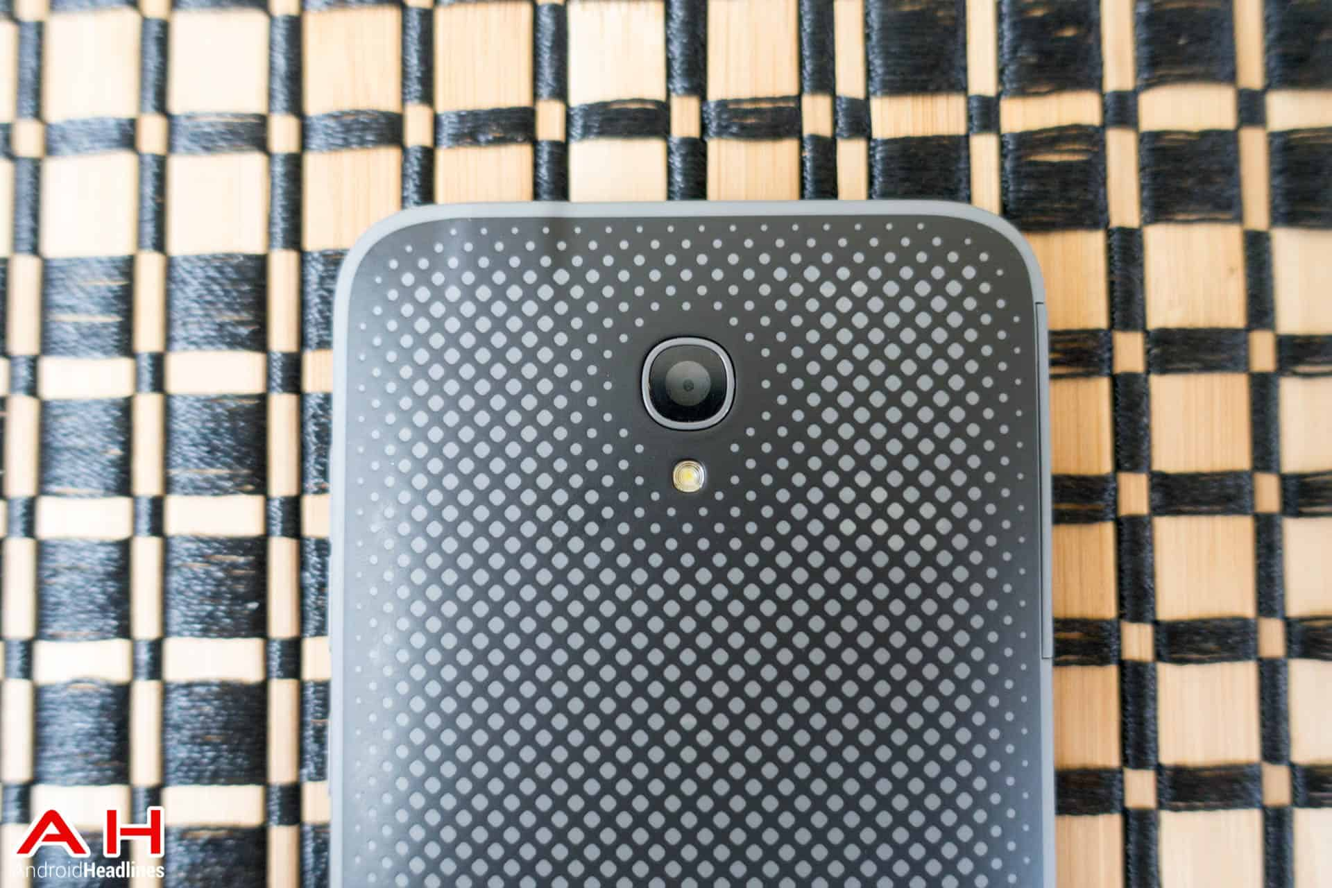 Alcatel-OneTouch-Conquest-AH-2