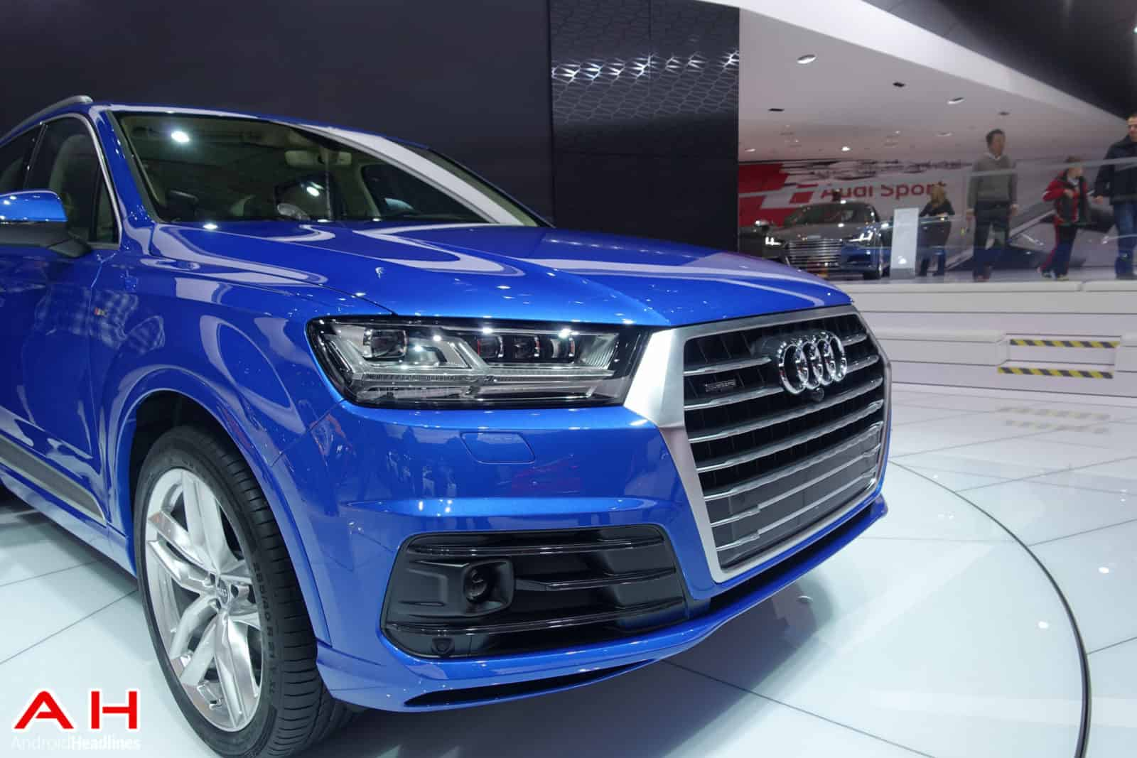 Audi-Q7-AH-1
