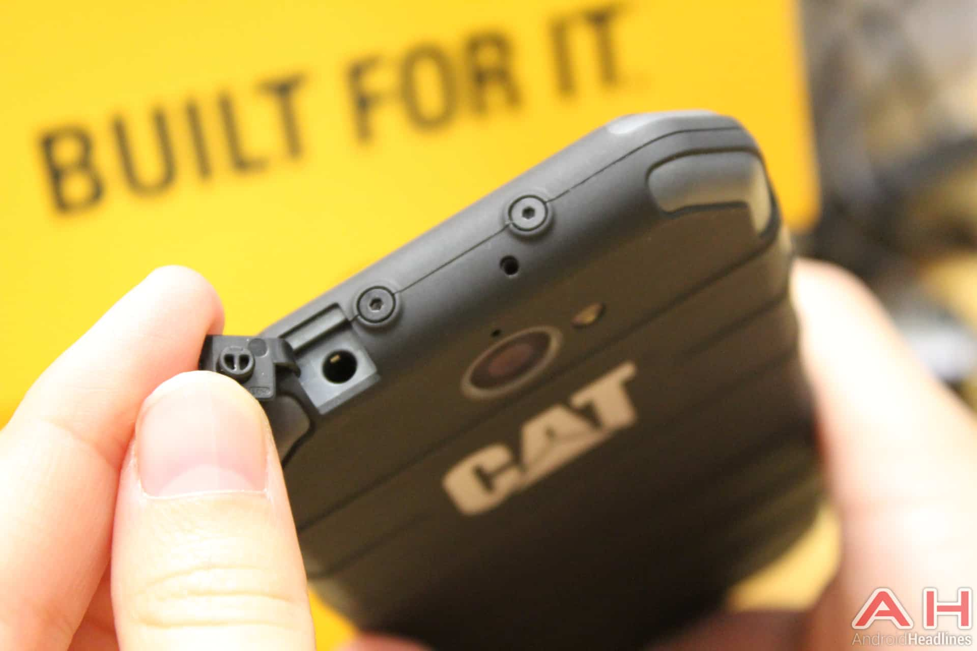 CAT S30 IFA AH 9