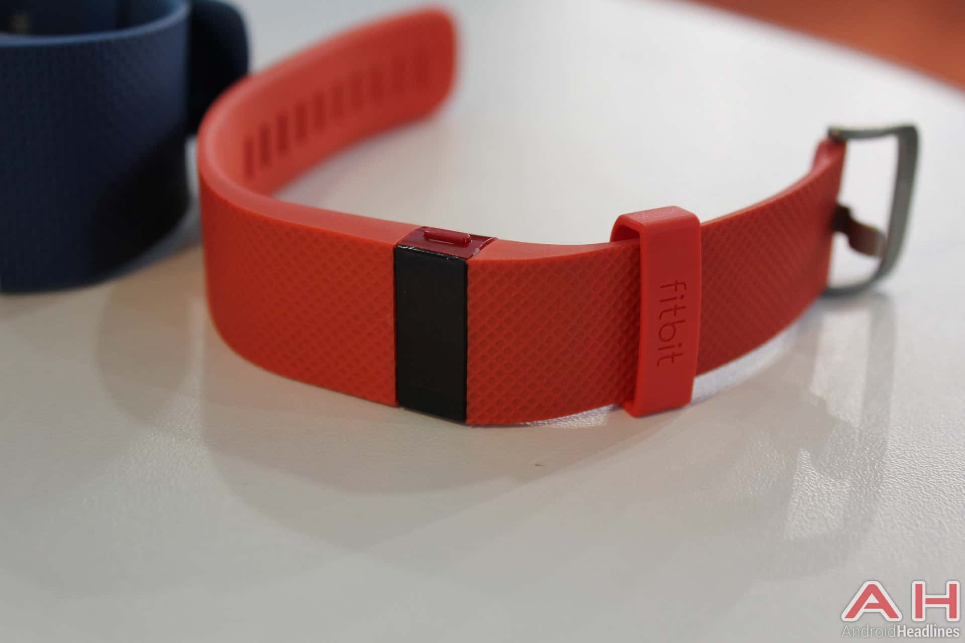 Fitbit Charge HR Tangerine AH 1