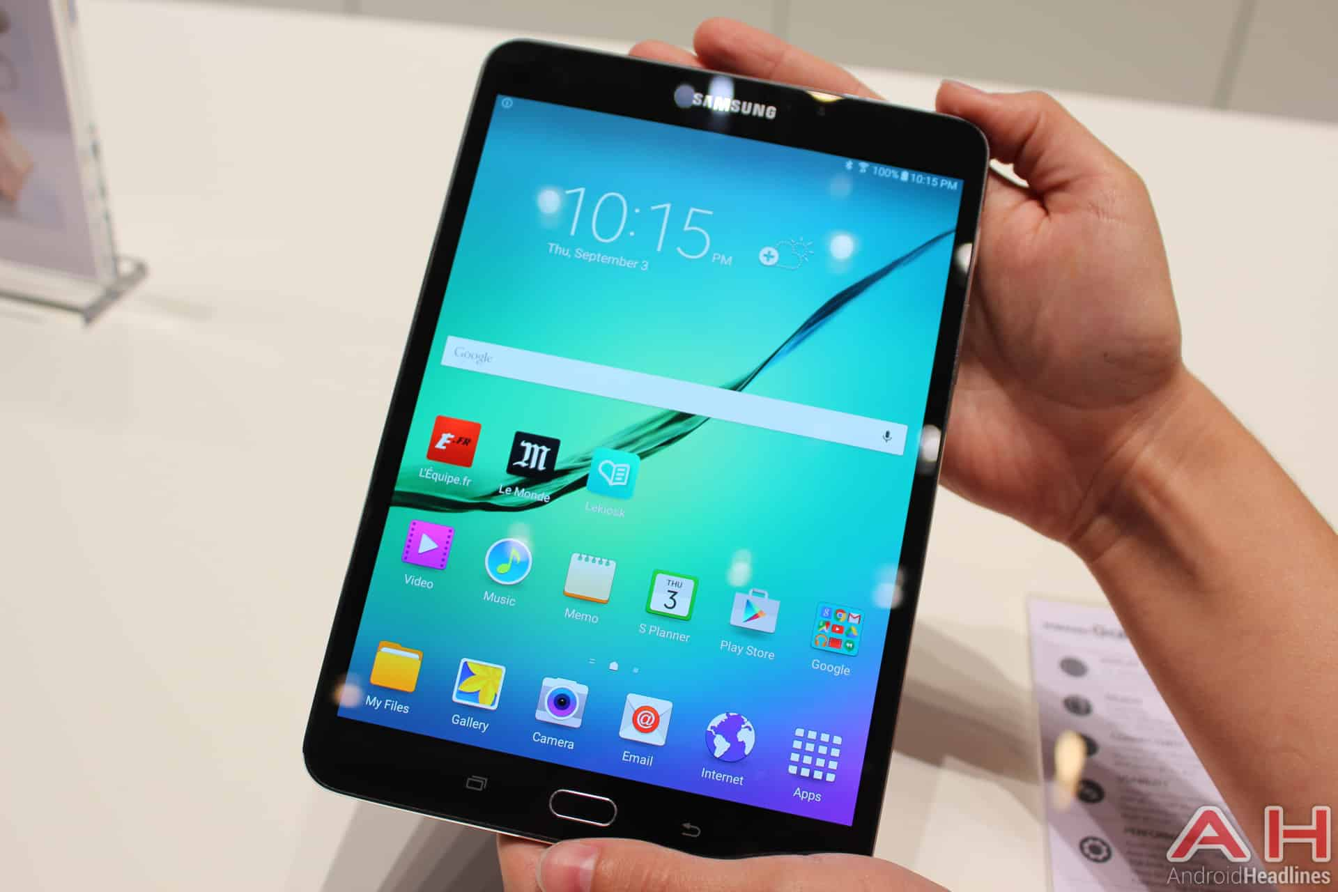 Hands-On With The Samsung Galaxy Tab S2 8.4 And 9.7 ...