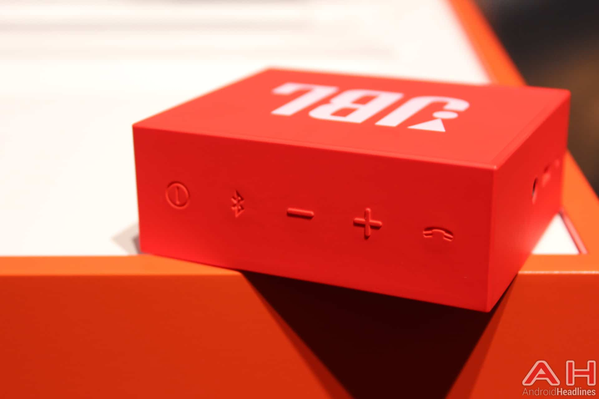 hands on with jbl 39 s latest from ifa 2015. Black Bedroom Furniture Sets. Home Design Ideas