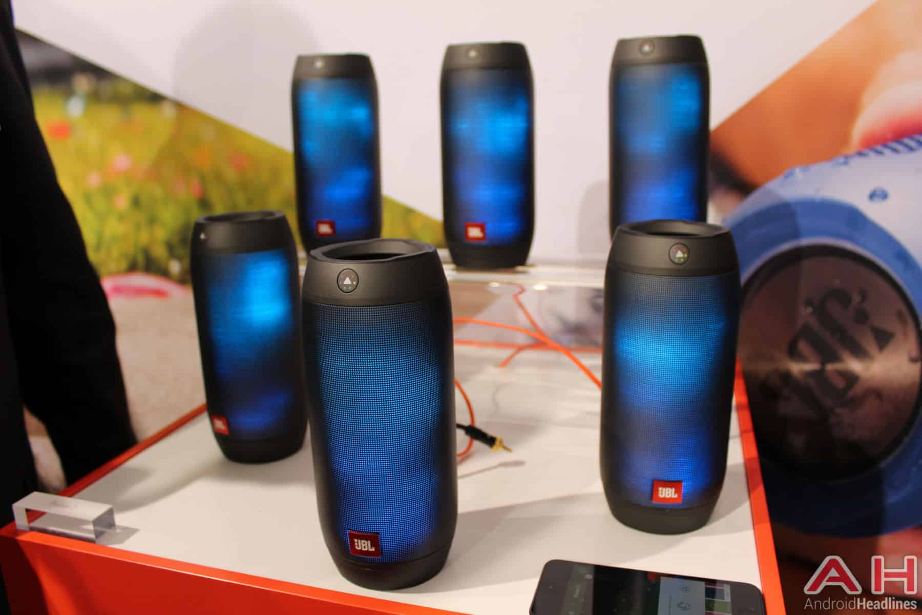 Hands on with the jbl pulse 2 bluetooth speaker for Housse jbl pulse 3