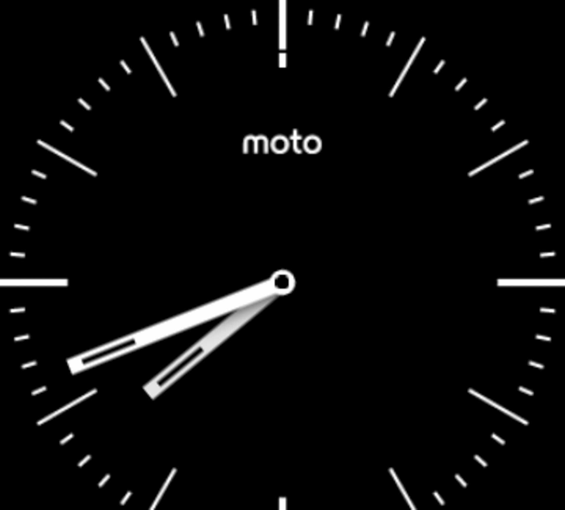 Moto 360 2015 Review AH 1