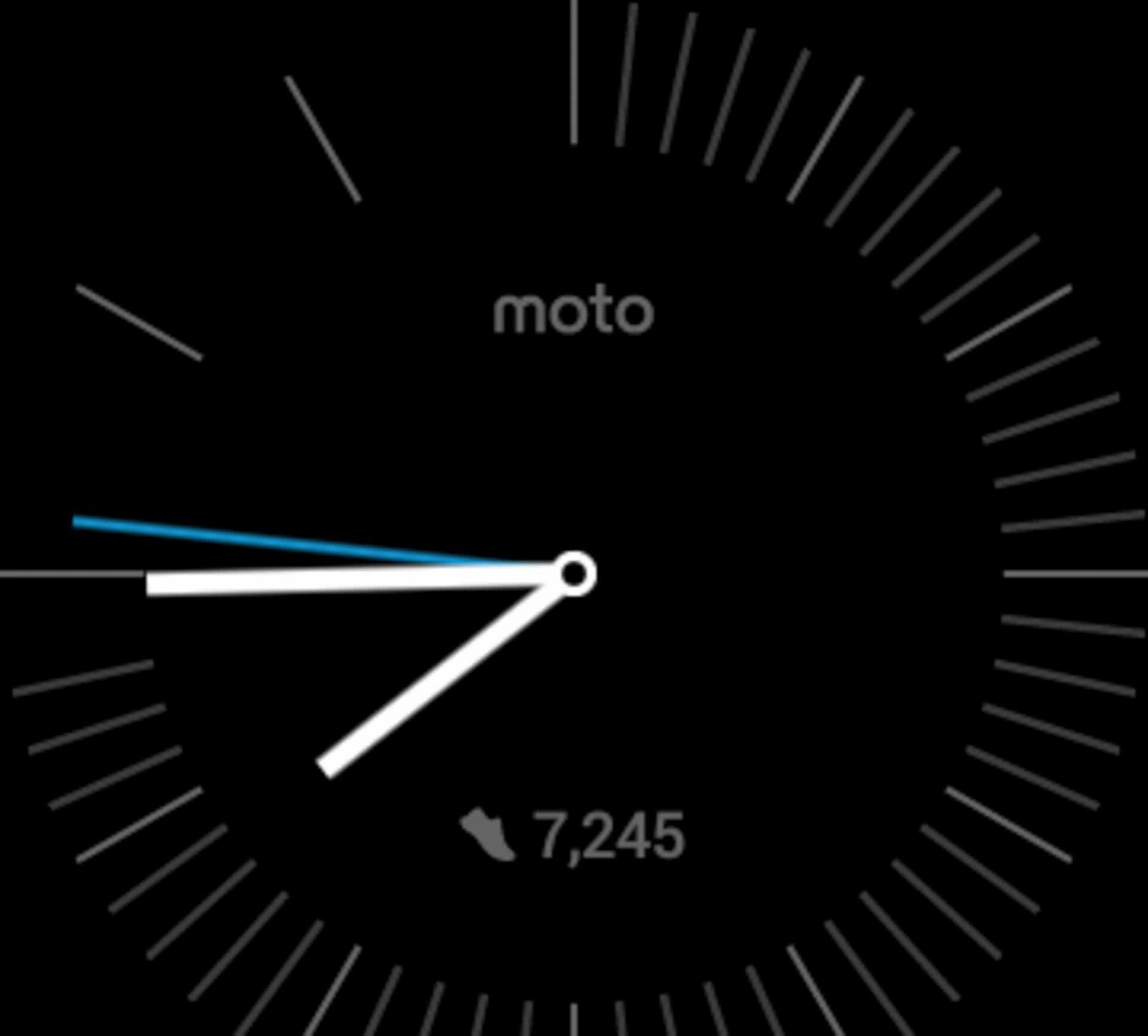 Moto 360 2015 Review AH 28