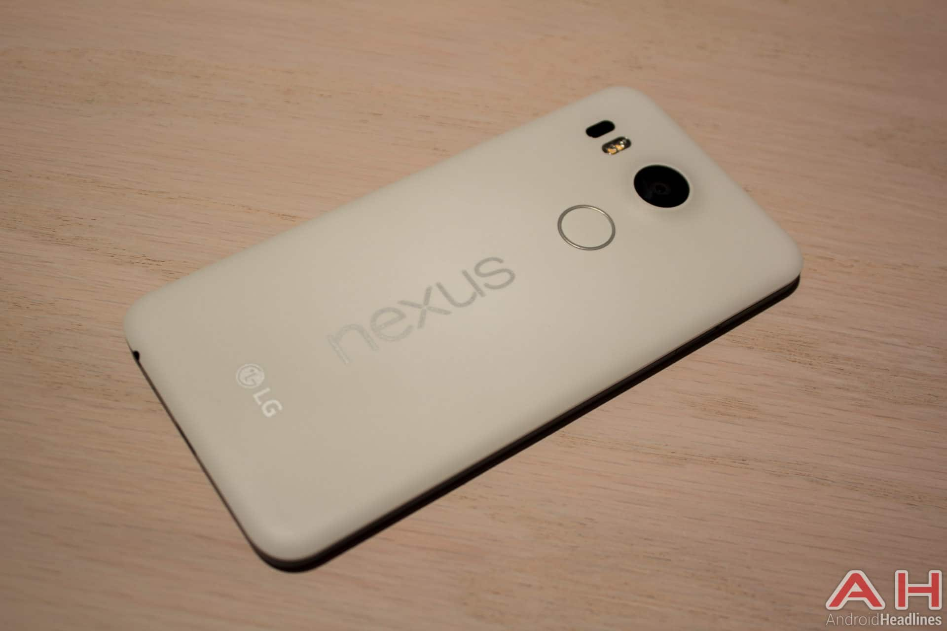 Nexus 5X Hands On AH 6