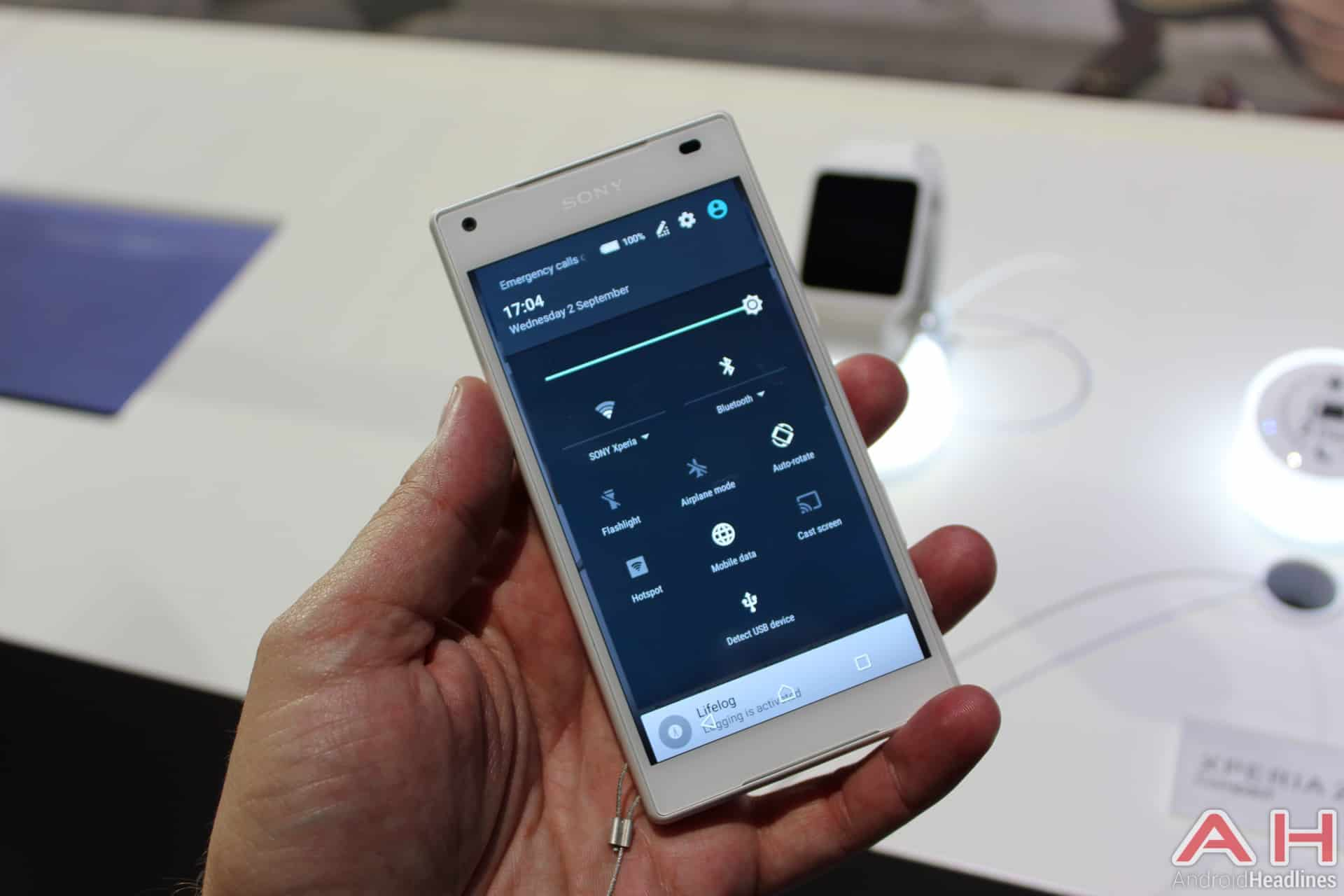 Sony Xperia Z5 Compact IFA AH 10