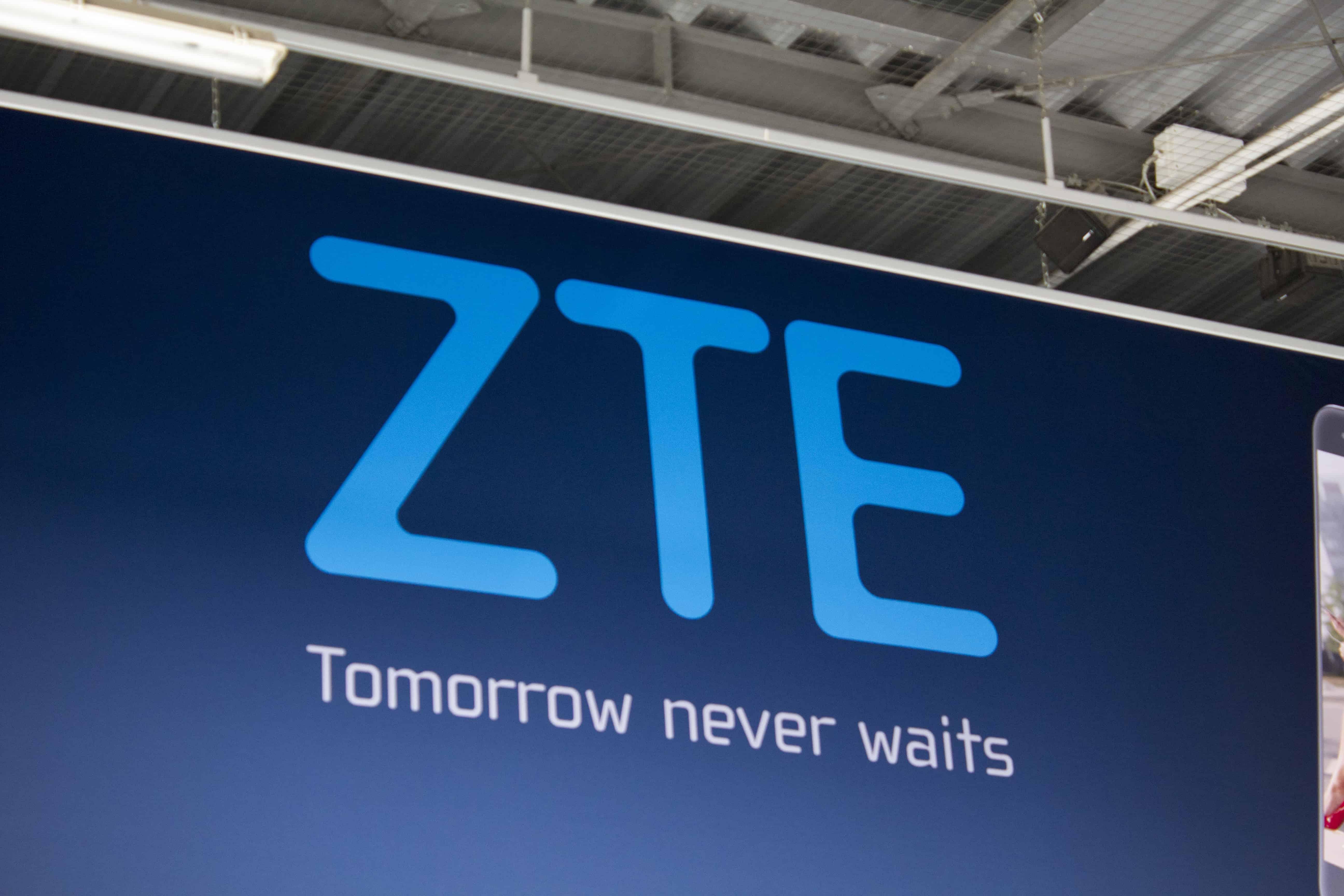 ZTE Logo IFA AH 1